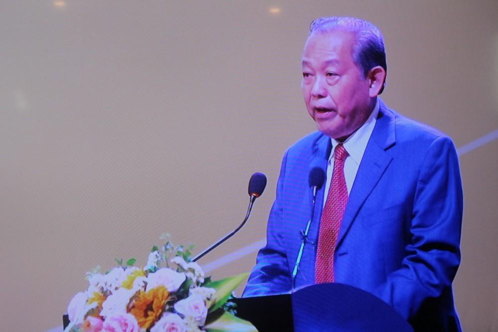 Phó Thủ tướng Thường trực Chính phủ Trương Hoà Bình phát biểu khai mạc hội nghị.