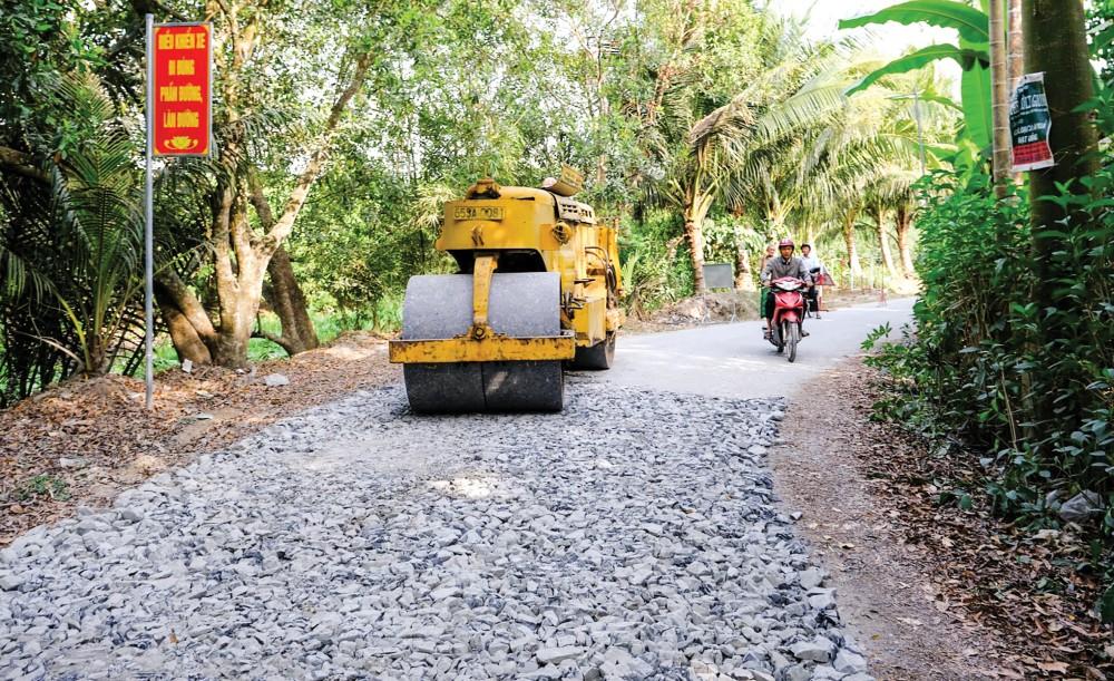 Nâng cấp, sửa chữa tuyến lộ giao thông nông thôn từ quốc lộ 61C đến vàm Mương Khai thuộc xã Nhơn Nghĩa, huyện Phong Điền hưởng ứng Chiến dịch.