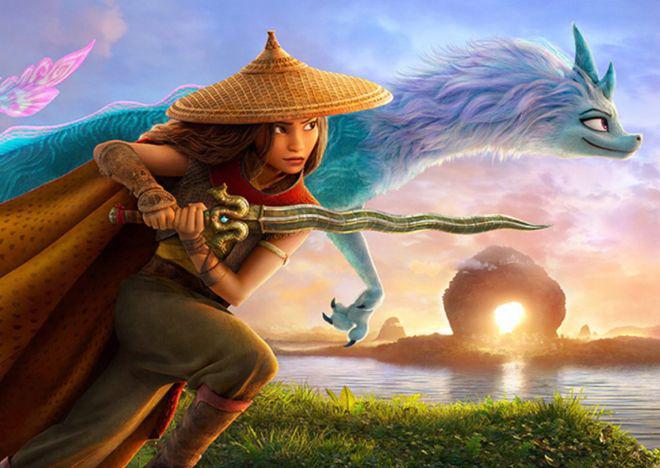 Công chúa Raya và rồng thần trong phim.