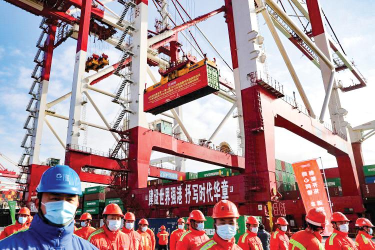 Các công trình liên quan đến BRI luôn đầy ấp công nhân Trung Quốc. Ảnh: Getty Images