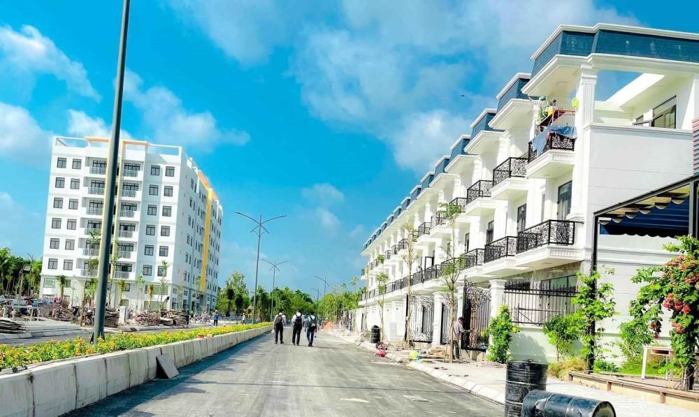 Hàng trăm cư dân tòa chung cư đã dọn về ở từ quý IV/2020.