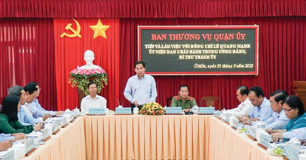 Đồng chí Lê Quang Mạnh, Ủy viên Trung ương Đảng, Bí thư Thành ủy phát biểu kết luận buổi làm việc. Ảnh: ANH DŨNG