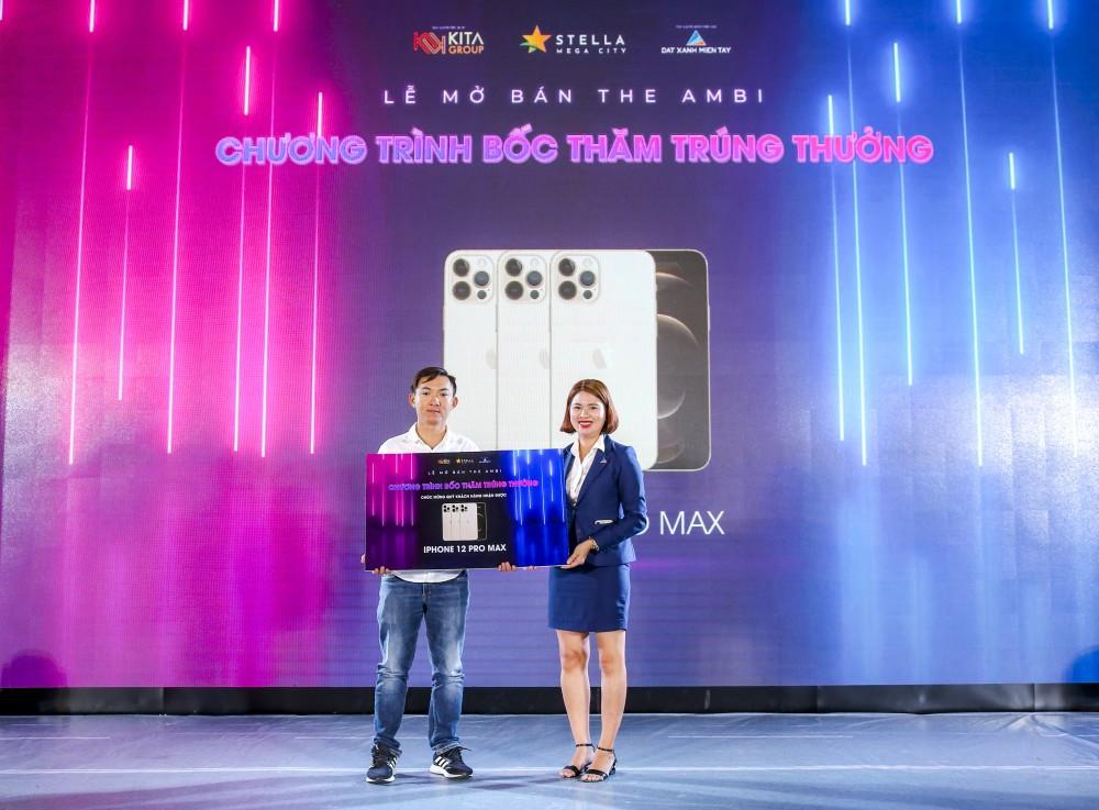 Chủ nhân The Ambi trúng thưởng Iphone 12 Promax.