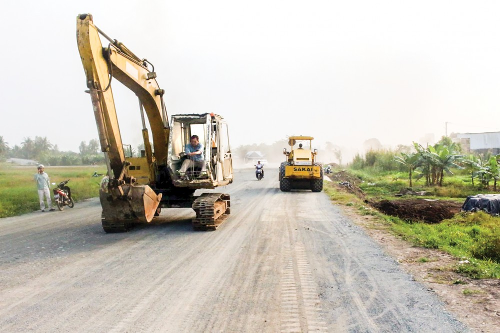 Công trình xây dựng cơ bản đường giao thông tỉnh lộ 922 đi qua các quận Bình Thủy, Ô Môn và huyện Thới Lai, Cờ Đỏ cơ bản hoàn thành, chuẩn bị đưa vào sử dụng.