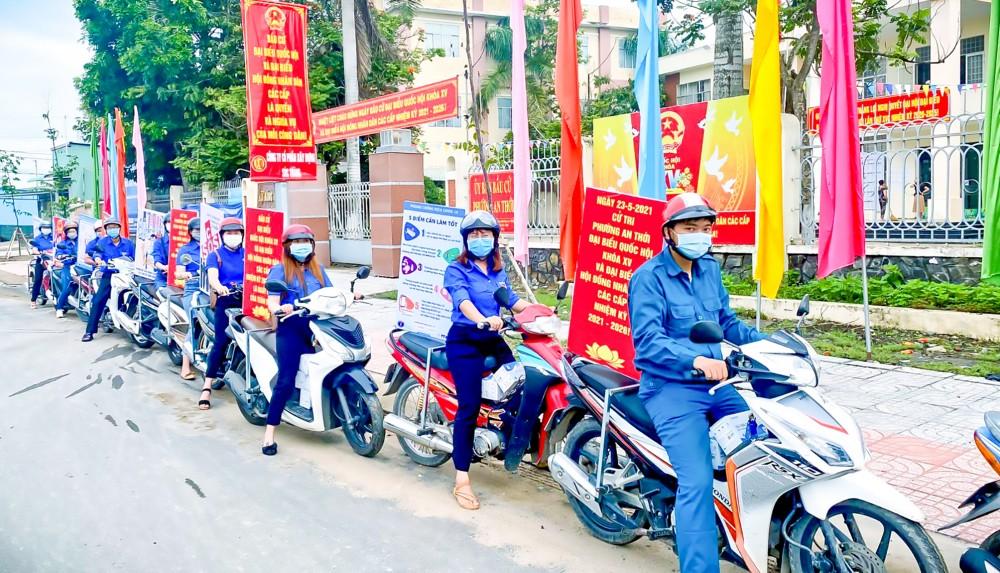 Đoàn Phường An Thới, quận Bình Thủy, ra quân tuyên truyền về bầu cử lồng ghép thông điệp phòng dịch COVID-19.