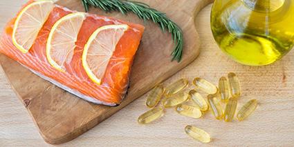 Ngoài viên uống bổ sung, cá hồi được xem là một nguồn cung cấp dầu cá tuyệt vời. Ảnh: Getty Images