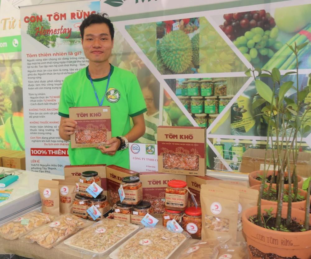 Công ty TNHH Con tôm rừng, tỉnh Cà Mau là một trong những doanh nghiệp khởi nghiệp được BSA và Hội Doanh nghiệp HVNCLC hỗ trợ phát triển kênh bán hàng online.