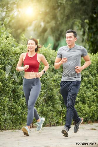 """Xây dựng thói quen tập thể dục càng sớm càng có lợi cho """"hầu bao"""" về sau. Ảnh: Adobe Stock"""