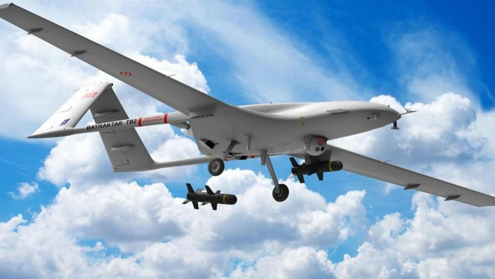 Các tên lửa của UAV Bayraktar TB2 đều là loại thông minh được dẫn đường bằng laser. Ảnh: hurriyetdailynews