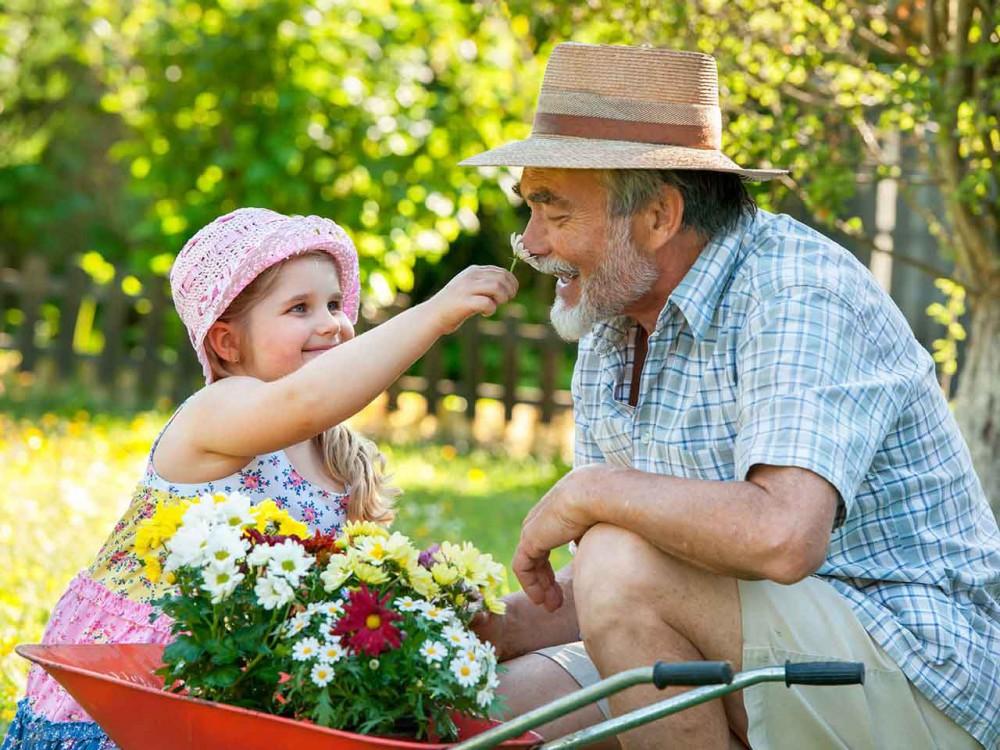 Ngửi hương hoa giúp cải thiện tâm trạng một cách tự nhiên.