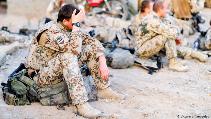 Áp lực nhiều góp phần khiến số ca tự sát trong quân đội Mỹ gia tăng.