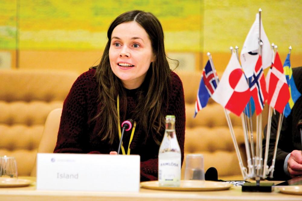 Thủ tướng Iceland Jakobsdottir cũng từng đảm nhiệm vị trí Chủ tịch Hội đồng phụ nữ lãnh đạo thế giới. Ảnh: mpowerenergy.com