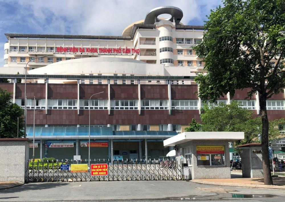 Bệnh viện dành 450 giường điều trị bệnh nhân COVID-19. Ảnh: H.HOA