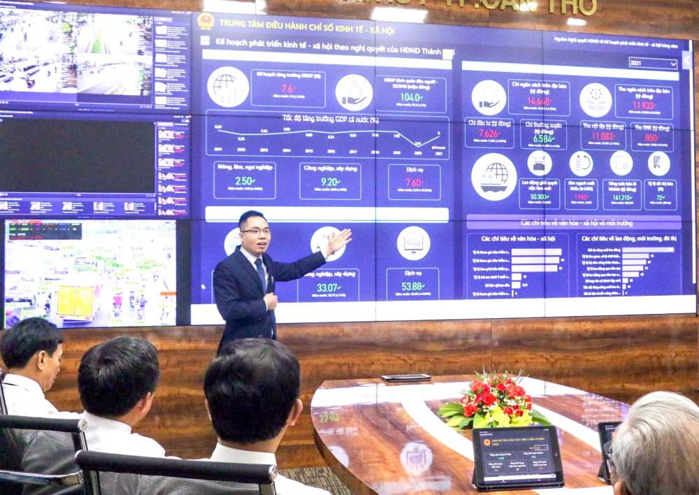 Trung tâm chỉ huy điều hành đô thị thông minh TP Cần Thơ được đưa vào hoạt động thí điểm từ cuối tháng 4-2021.