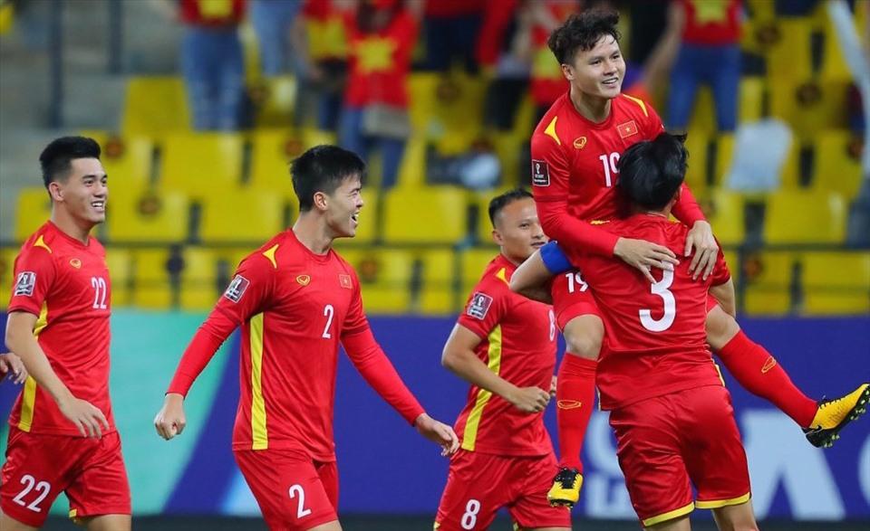 Quang Hải (số 19) có bàn thắng đẹp và nhanh nhất vào lưới Saudi Arabia ở vòng loại cuối cùng Word Cup 2022. Ảnh: ANH HUY