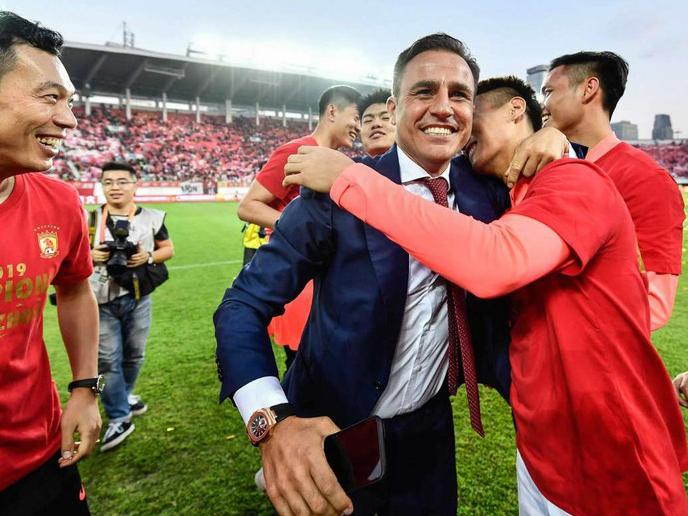 Những ngày vui vẻ của HLV Fabio Cannavaro cùng Quảng Châu FC đã chấm dứt. Ảnh: Getty