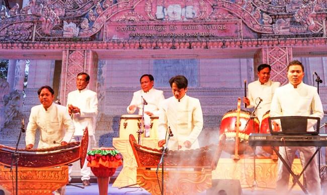Điểm đáng ghi nhận của Ngày hội là các đơn vị đều mang đến dàn nhạc ngũ âm và trình bày chuẩn mực. Điều đó tạo thêm động lực trong bảo tồn và phát huy âm nhạc Khmer truyền thống.