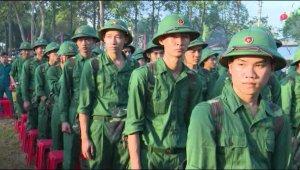 Thanh niên Cần Thơ nô nức lên đường nhập ngũ