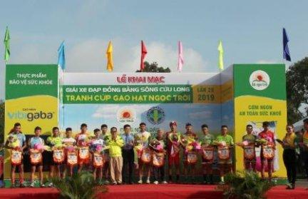 Khai mạc Giải Xe đạp ĐBSCL tranh cúp Gạo Hạt Ngọc Trời