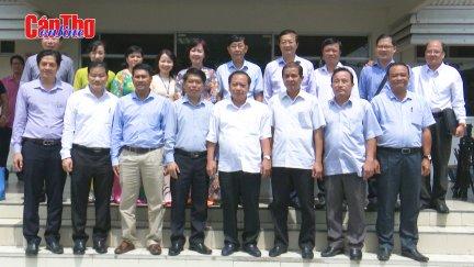 Lãnh đạo thành phố thăm doanh nghiệp chế biến nông sản xuất khẩu