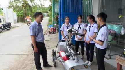 Học sinh Cần Thơ sáng chế robot chữa cháy
