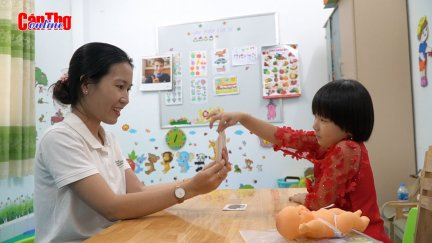 Lớp học đặc biệt cho trẻ khiếm thính ở Cần Thơ