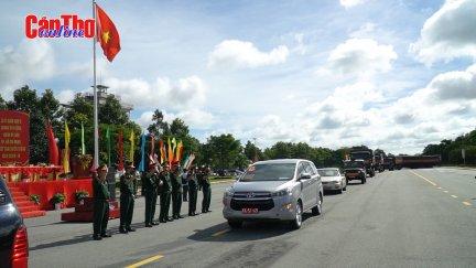 Quân khu 9 tăng cường lực lượng hỗ trợ TP Hồ Chí Minh chống dịch COVID-19