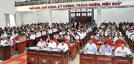 Bàn giải pháp thực hiện tốt Nghị quyết  Trung ương 4 (khóa XII) và cải cách hành chính