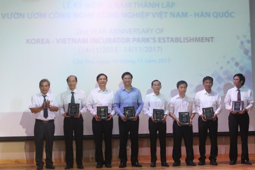 Kỷ niệm 2 năm thành lập Vườn ươm Công nghệ Công nghiệp Việt Nam – Hàn Quốc