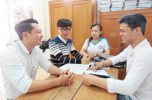 Chăm lo Tết cho sinh viên khó khăn