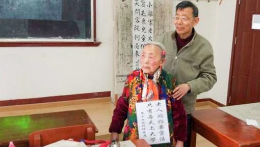97 tuổi vẫn ham học và chưa muốn ra trường