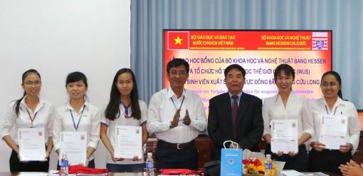 Trao học bổng Hessen cho sinh viên xuất sắc khu vực ĐBSCL