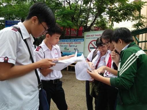 Trên 97% thí sinh dự thi hai môn thi đầu tiên