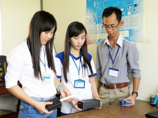 Thúc đẩy phong trào nghiên cứu khoa học trong sinh viên, giảng viên trẻ