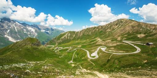 Tour thuê xe tự lái qua ba nước châu Âu