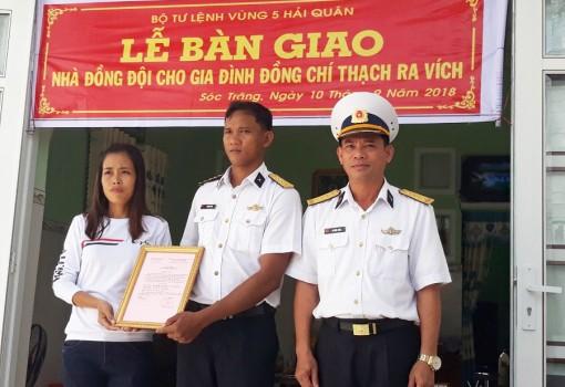 Vùng 5 Hải quân bàn giao Nhà đồng đội tại tỉnh Sóc Trăng
