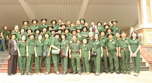 Hơn500 thiếu sinh quânQuân khu 9 họp mặt truyền thống