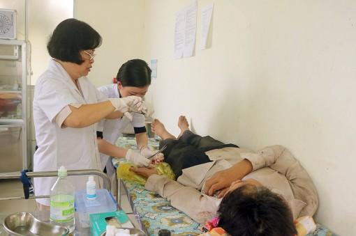 Tạo thuận lợi cho người dân tham gia bảo hiểm y tế