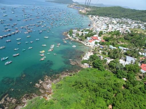 Ngắm vẻ đẹp hoang sơ, biển xanh cát trắng của đảo Hòn Thơm