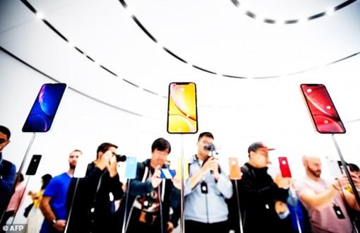 """Điện thoại thông minh đang """"thoái trào""""?"""