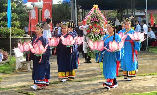 Lễ giỗ lần thứ 89  cụ Nguyễn Sinh Sắc diễn ra từ ngày 30-11 đến 3-12