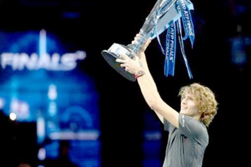Vô địch ATP Finals, cậu em nhà Zverev đăng quang