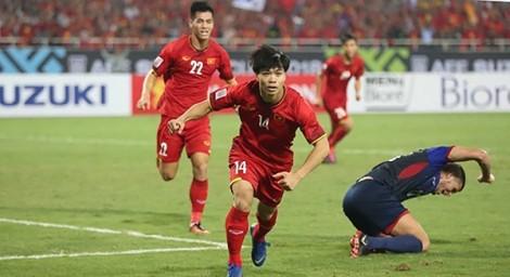 """Cái """"duyên"""" chiến thắng trên sân Bukit Jalil"""