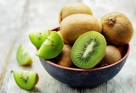 Kiwi điều trị táo bón mãn tính