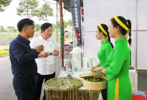 Long An khai mạc Hội chợ triển lãm Nông nghiệp - Thương mại khu vực Tây Nam Bộ năm 2018