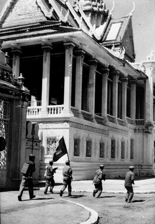Bài 2: Những ngày tháng không thể quên trong ký ức người lính tình nguyện Việt Nam