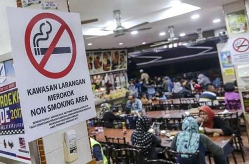 Quá khó để cấm hút thuốc ở Malaysia