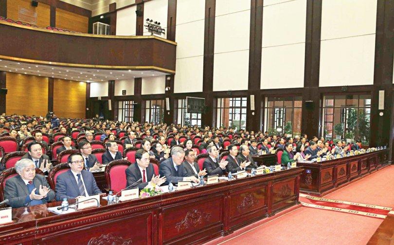 Ngăn chặn tiêu cực trong việc chuẩn bị nhân sự đại hội đảng bộ các cấp và Đại hội lần thứ XIII của Đảng