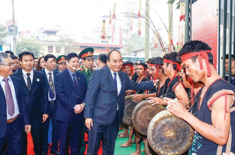 Thủ tướng Nguyễn Xuân Phúc mong muốn sâm Ngọc Linh ghi dấu ấn lịch sử mới cho ngành dược liệu Việt Nam