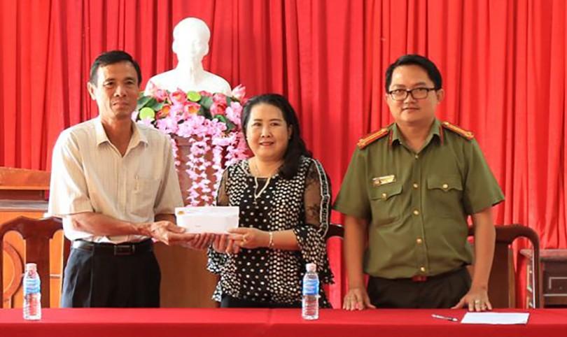 Hỗ trợ xây dựng 4 căn nhà nhân ái ở huyện Vĩnh Thạnh